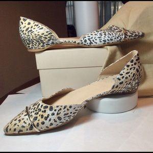 NEW $435 | Stuart Weitzman Leopard Flats Size 12W